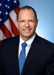 Luis M Quesada